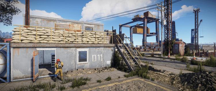 Найдите двухэтажную постройку